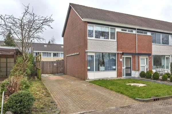 Woning Molenweg 67 Surhuisterveen