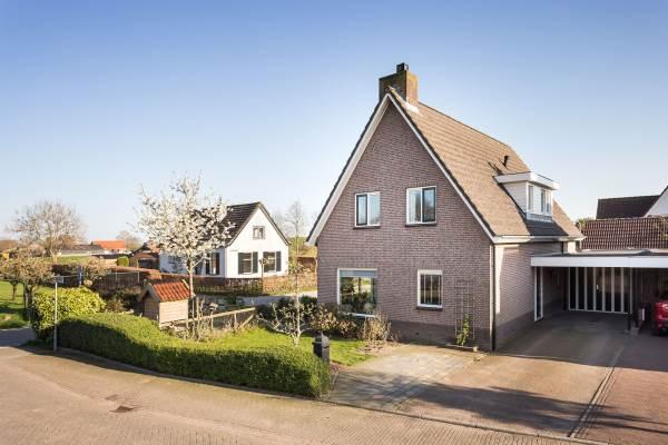 Woning Wethouder M J van den Hatertstraat 32 IJzendoorn