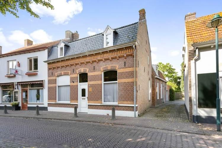 Woning Heuvelstraat 10 Alphen (NB)