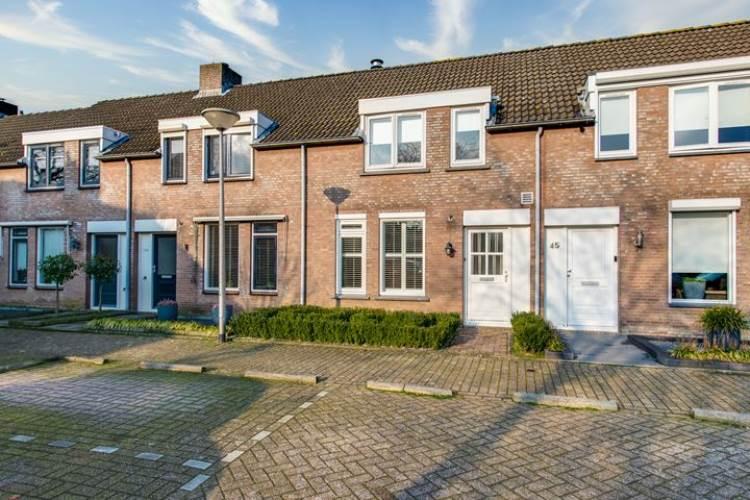 Woning Hofstad 43 Waalwijk