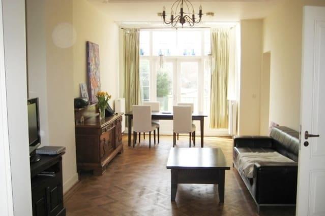 beautiful 2 room apartment