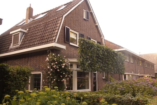 Vrijstaand huis in Ridderkerk (Zuid-Holland)