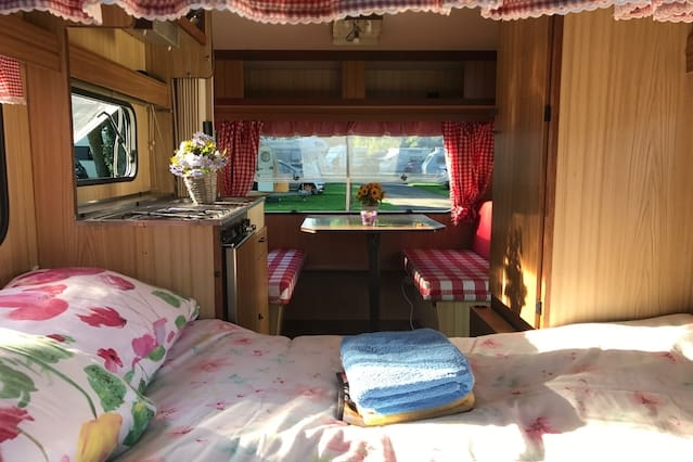 Stay in a Cosy Caravan @ campsite of choice