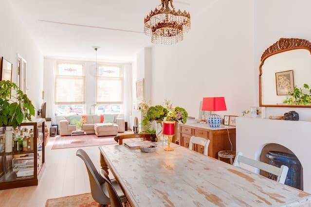 Nice light classic 90 m2 apartment