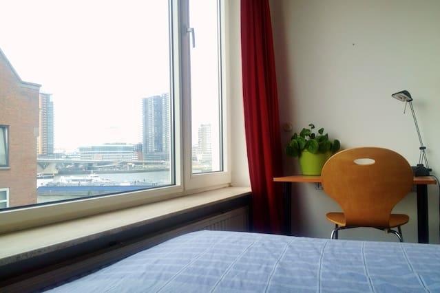 Comfortabele kamer op eiland in centrum