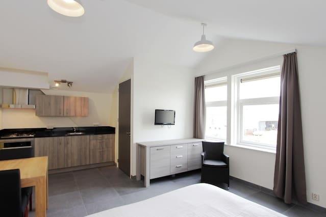 Airbnb kamers en woningen in de gemeente waterland for Studio omgeving amsterdam