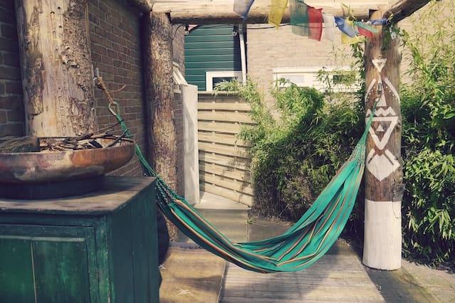 True Tranquil Boho House - 15min from AMS CS
