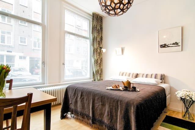 Amstel Nest - an urban retreat