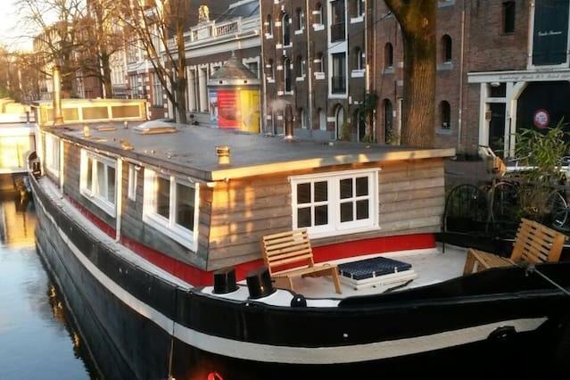 Gezellige studio in een woonboot