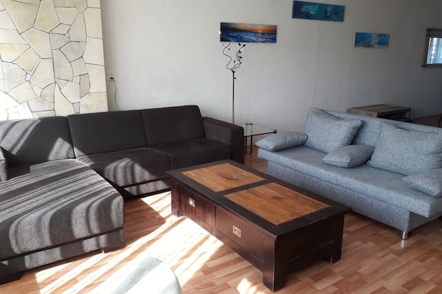 Near City Centre Grand Downtown Apartment