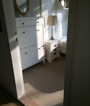 Lovely double bedroom in Great area