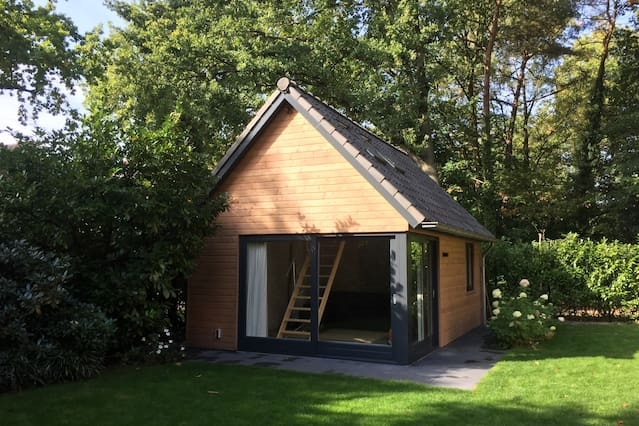 Family chalet in the woods close to Den Bosch