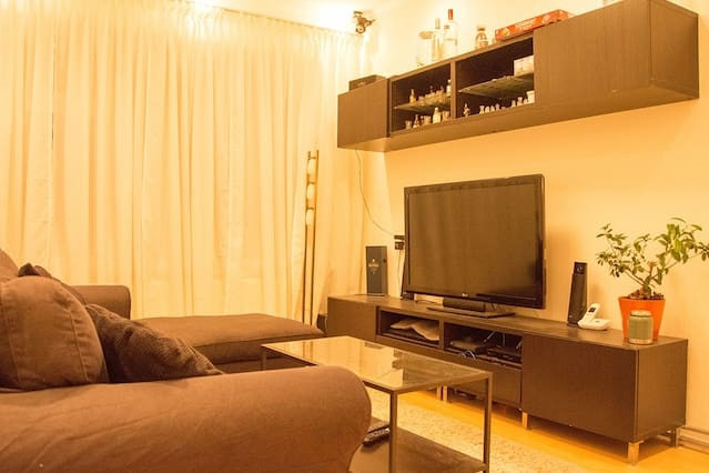 Private Room 15 min Away from Rotterdam Centre