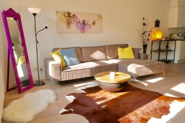 Lovely double bedroom with a terrace near center