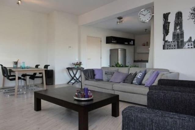 Appartment with 2 bedrooms and free parking!!