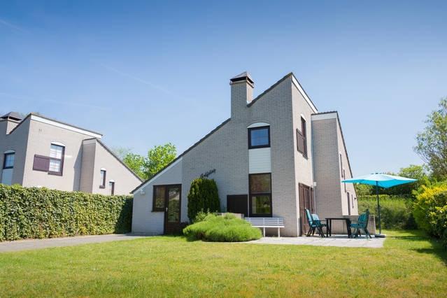 Mooie bungalow Ouddorp - Direct aan zee!