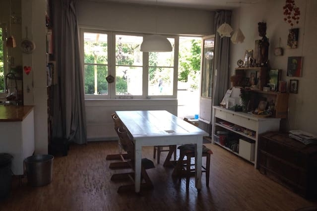 Charming 90m2 house with a garden.