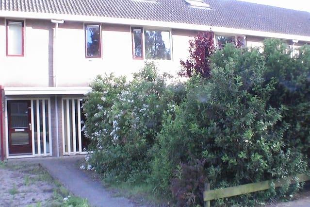 Dorpshuis in stadsomgeving Deventer