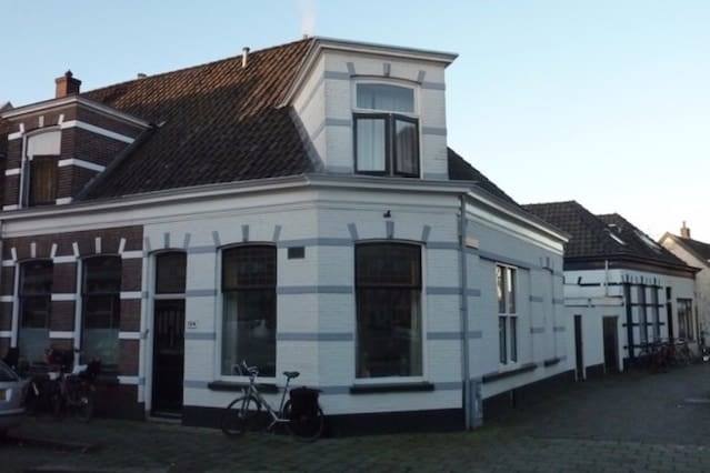 Modern hoekhuis bouwjaar 1894