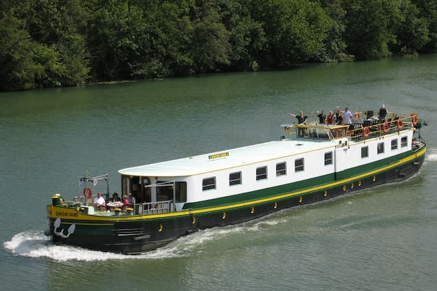 Luxury hotel barge central Maastricht - 6 guests