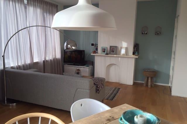 Light trendy appt in Haarlem