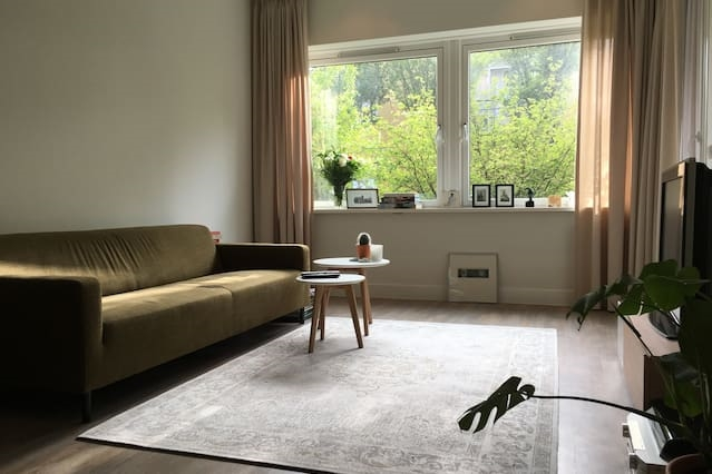 Comfortable apartment near tram, perfect stay