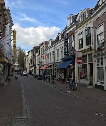 Midden in het Centrum van Utrecht met CS op 5 min