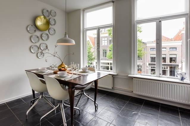 Big beautiful apartment in historic Alkmaar center