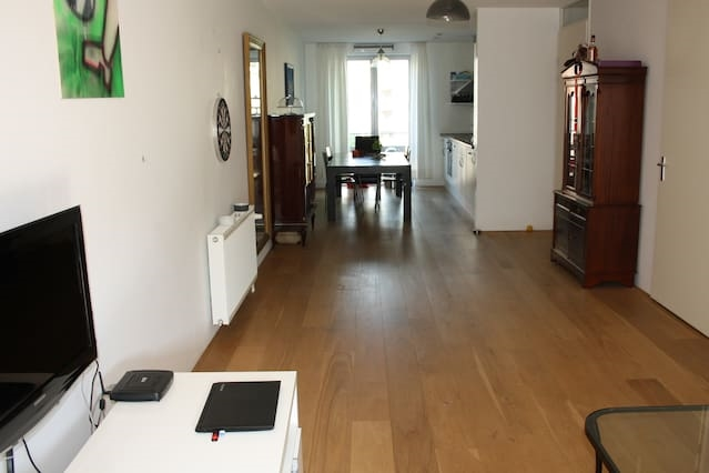 Private clean rooms, 15 min from centre