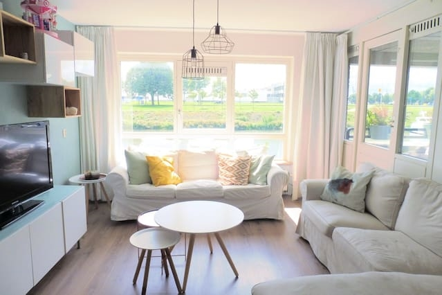 Sunny and cozy apartment in Delfshaven