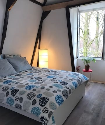 Beautiful and cozy room in SINGEL CANAL