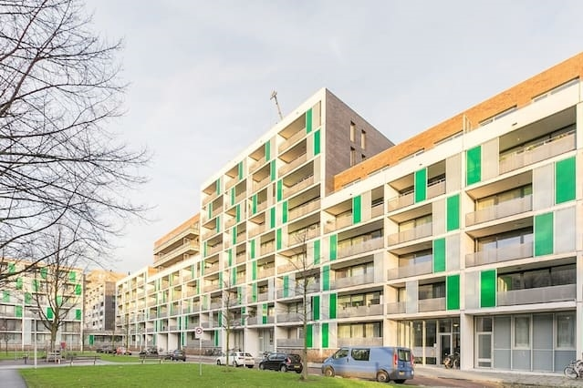 Modern private appartment with private parking