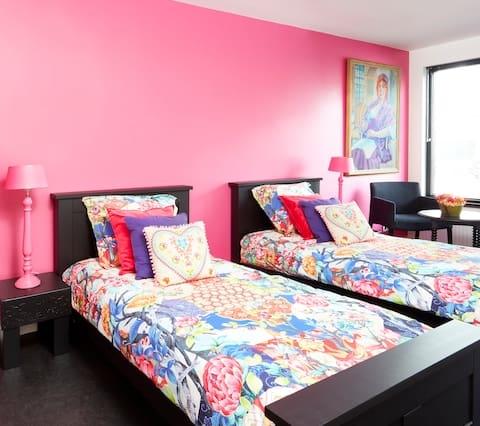 Kamer FLOWERS met eigen badkamer