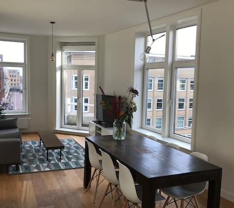 Modern light-filled apartment in Amsterdam East!