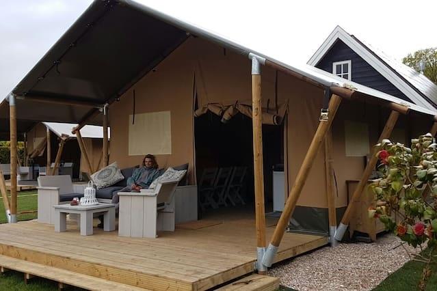 Luxe safaritent in Oostvoorne