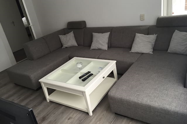 Verry clean, free parking and  close to the beach