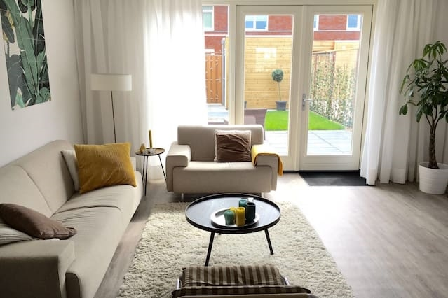 New modern house with garden nearby Rotterdam