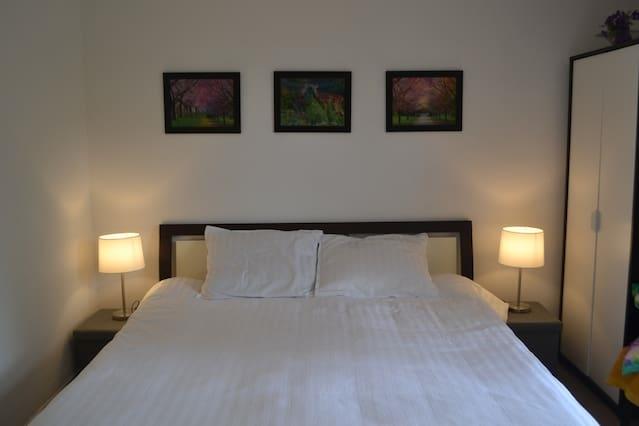 BNB/Restaurant WokRoermond - Couple Room