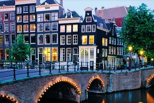 'Tulip' Room Canal District A'dam
