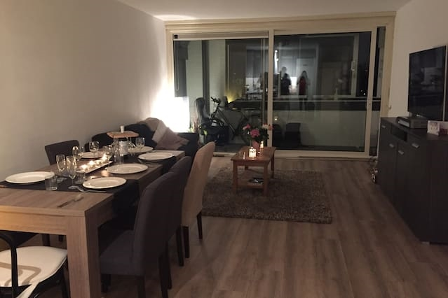 Spacious, modern, and quiet apt., close to centre